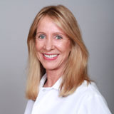 General dentist Gwendolyn Traylor, DDS